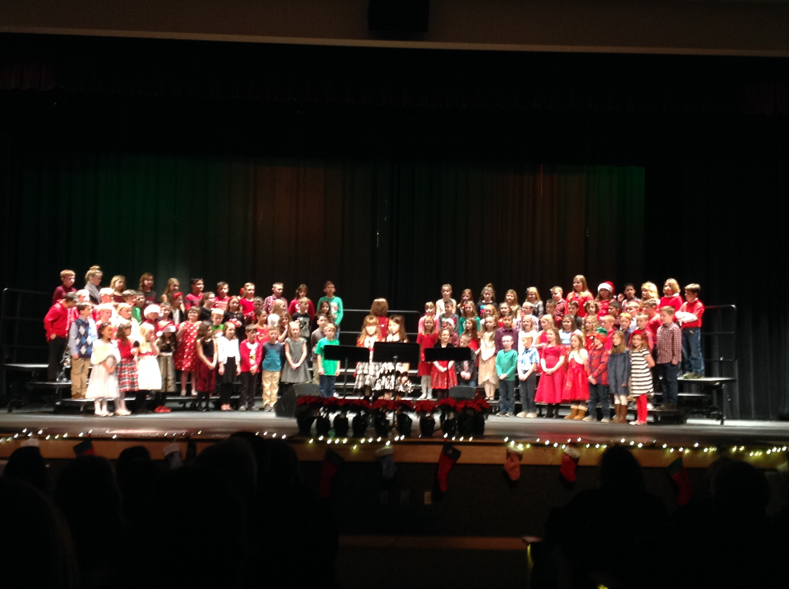SR Elementary Holiday Sings